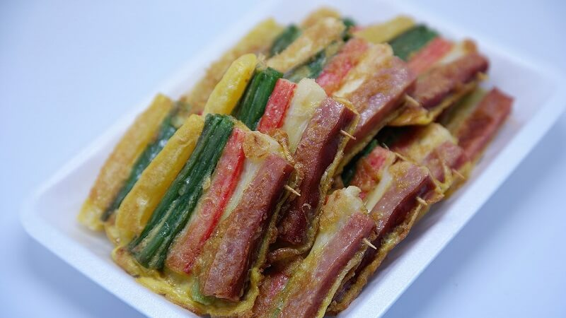 Jeon. Jeok (Pan-fried dish. Brochette)