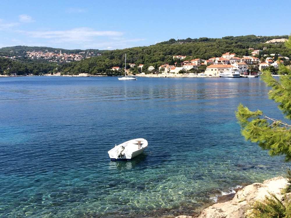 Zlatni Rat Beach croatia holidays - Sumartin town