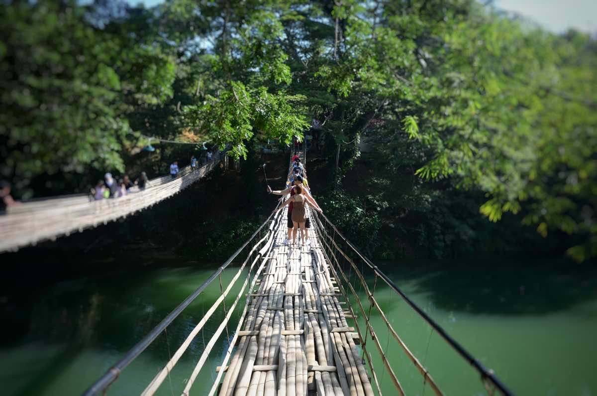 bohol travel guide budget itinerary loboc river hanging bridge