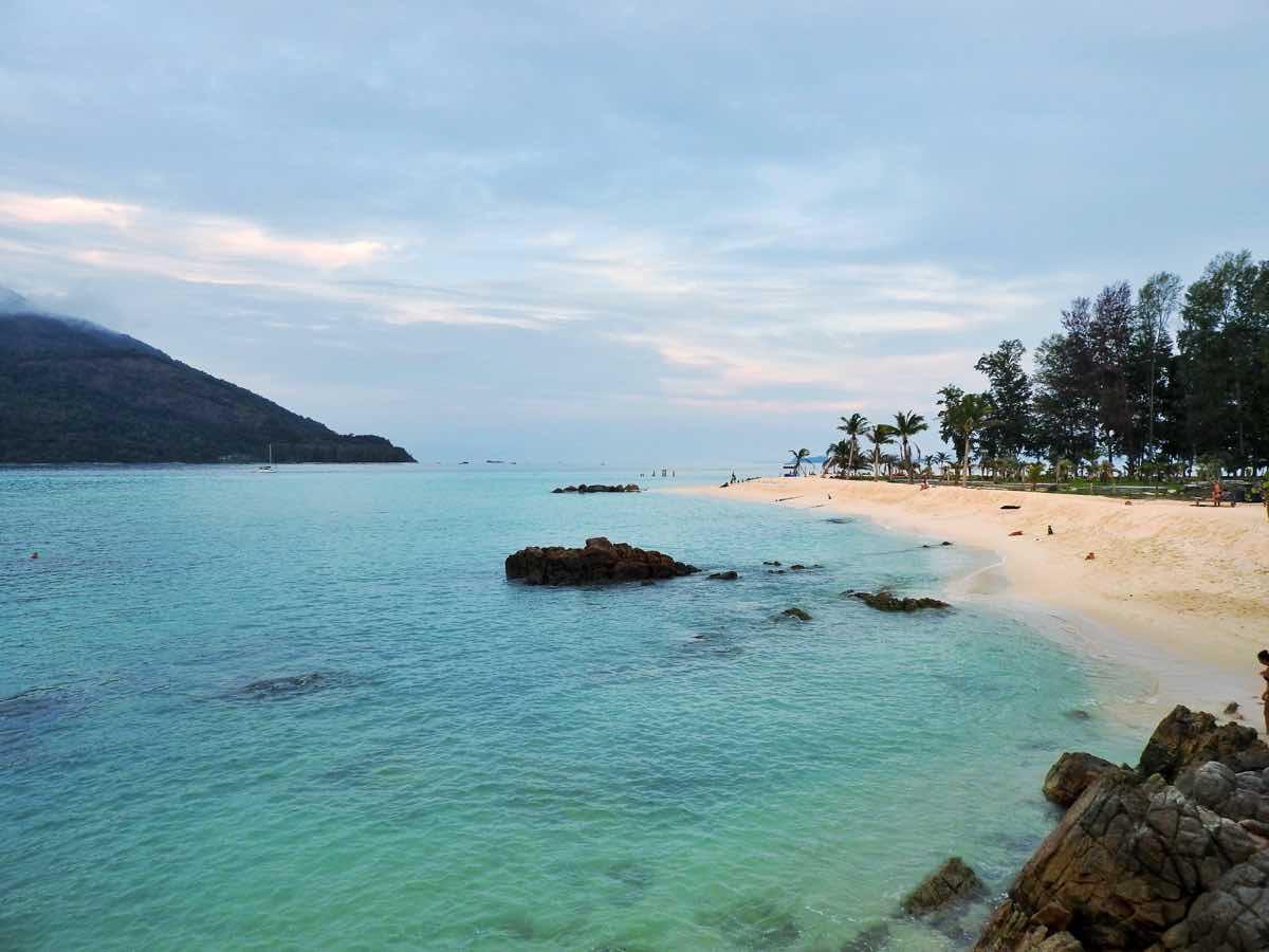 guide koh lipe blog sunrise beach view