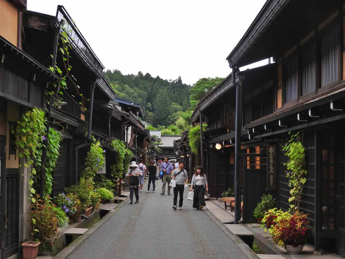 japan itinerary 14 days takayama old town
