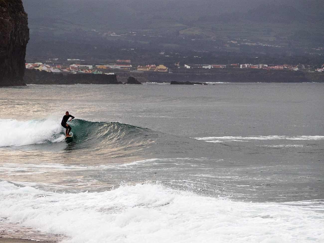 surfing sao miguel azores