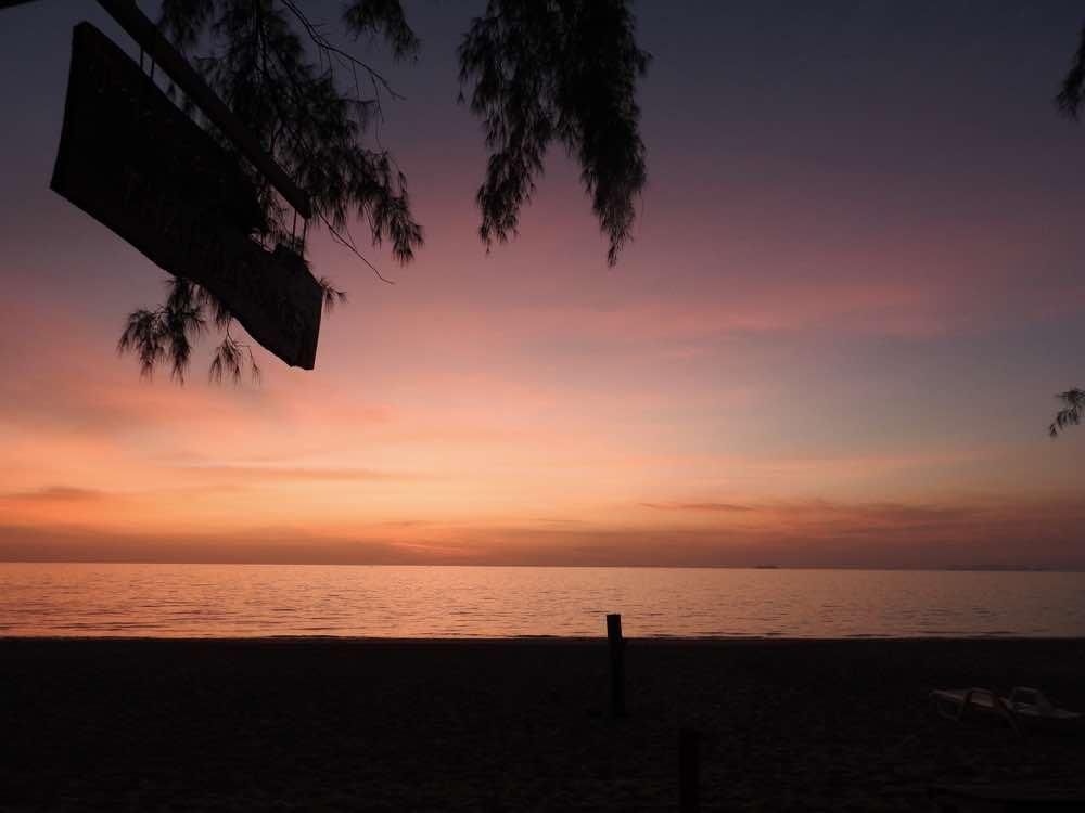 thailand island hopping koh lanta sunset