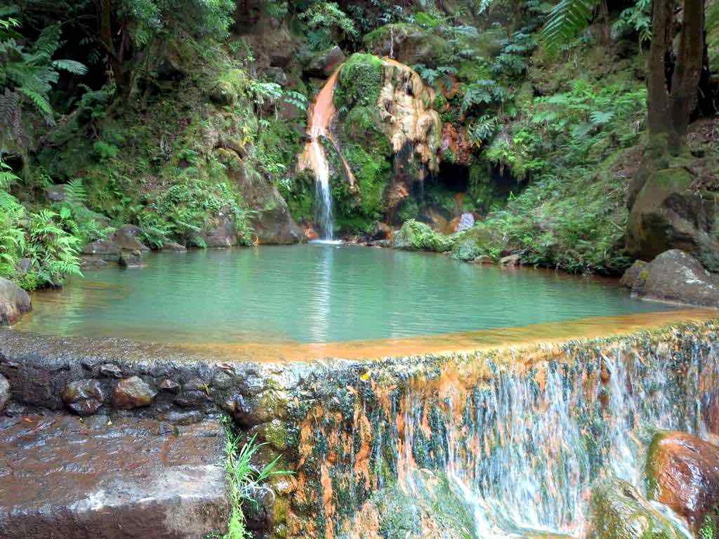 hot springs thermal pools sao miguel