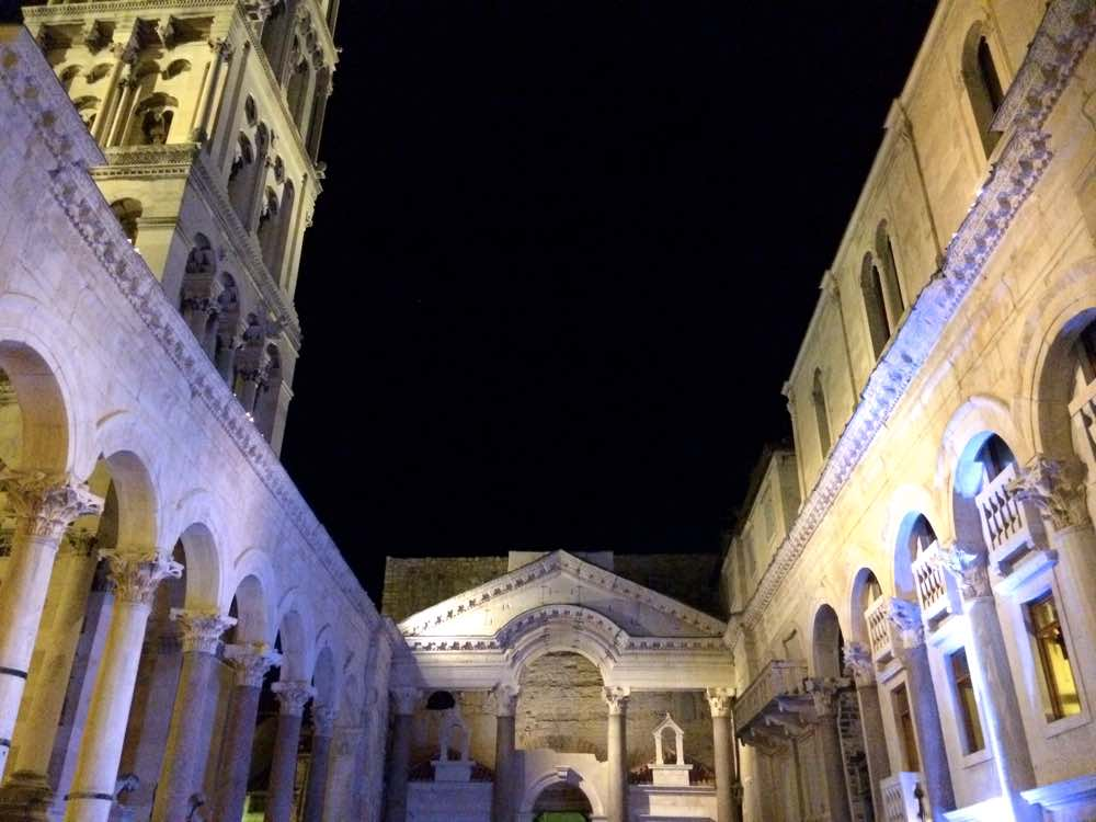 Experiences in Dalmatia's coast - Split Diocletian's Palace