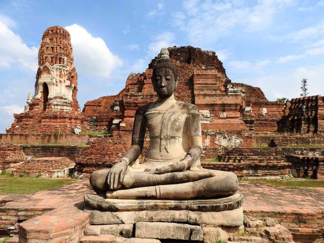 thailand itinerary 2 weeks ayutthaya ruins