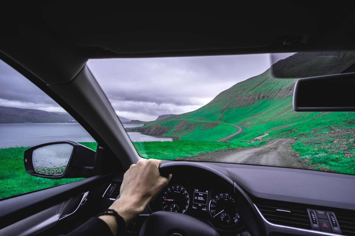 car rental tips renting car abroad