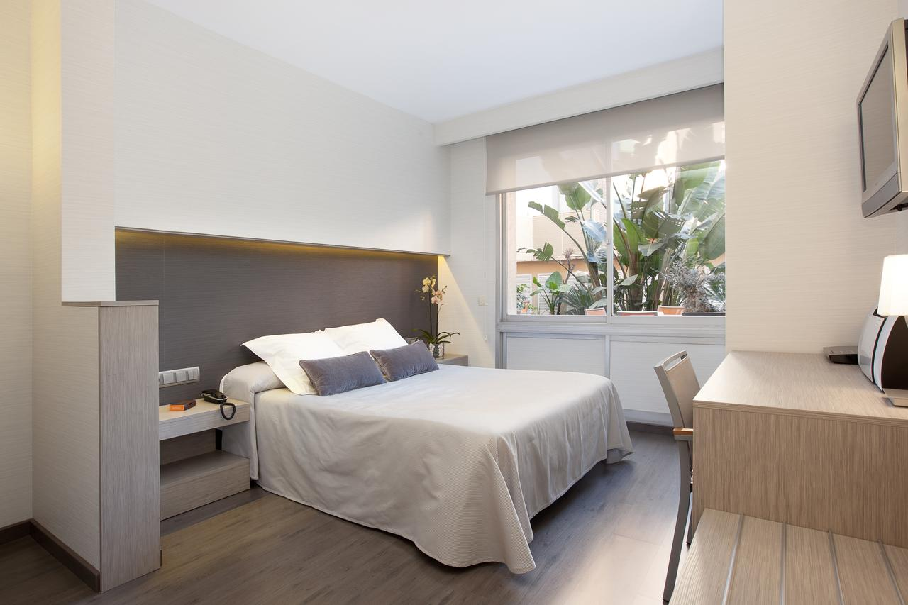 gracia barcelona places to stay aparthotel silver