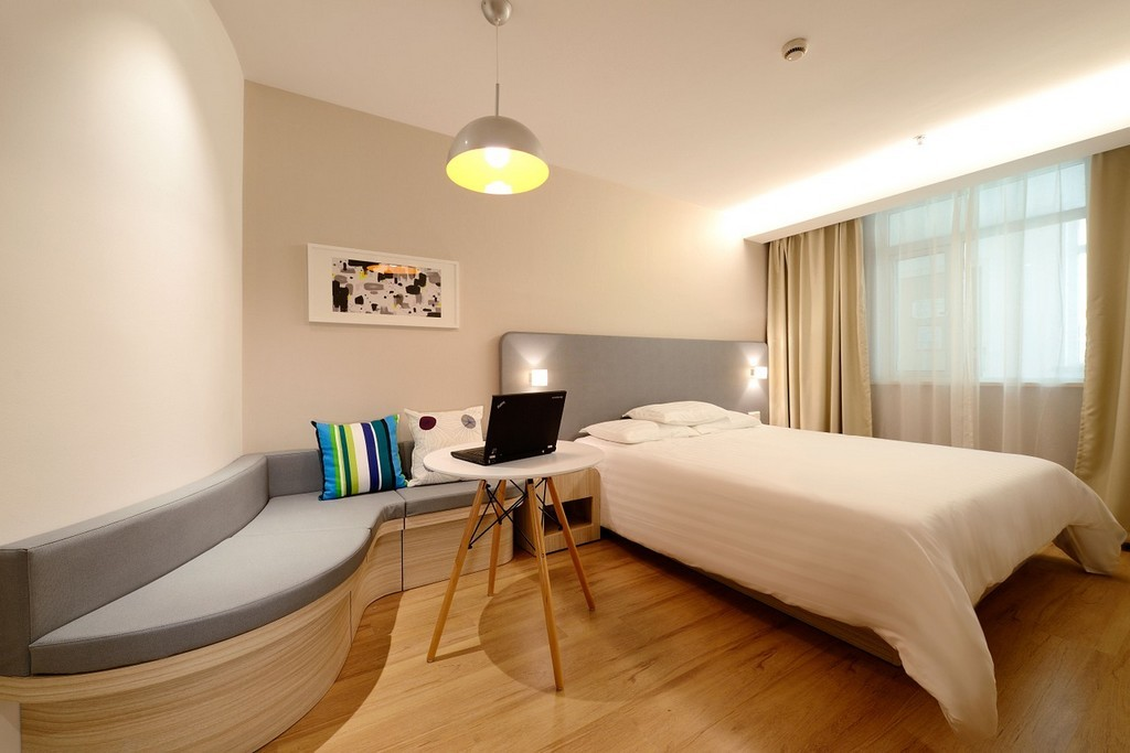 BEST PLACES TO STAY IN HANOI- Best Hotels In Hanoi And Budget Hostels